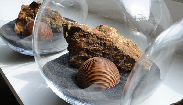 Dekoration glas glasvasen glasfiguren glast pfe bei for Glas dekorieren
