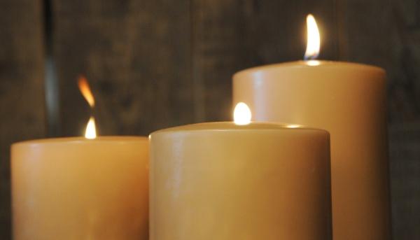 dekoartikel kerzen kerzenleuchter kerzenst nder teelichthalter teelichter. Black Bedroom Furniture Sets. Home Design Ideas