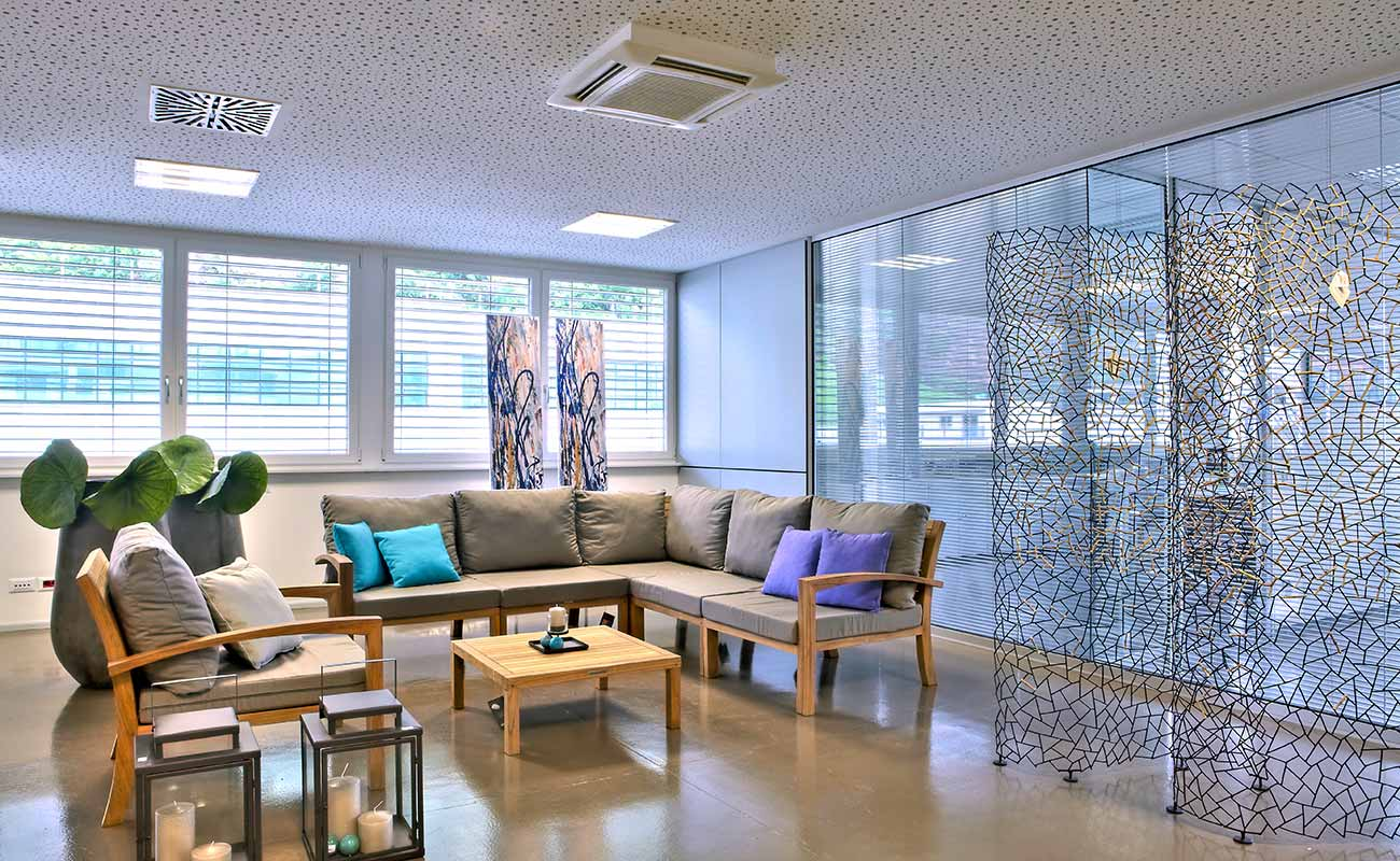 m bel f r loungebereiche dekorwelt in meran in s dtirol. Black Bedroom Furniture Sets. Home Design Ideas